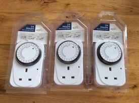 24 hour mechanical timer x 3 £10 or £5 each