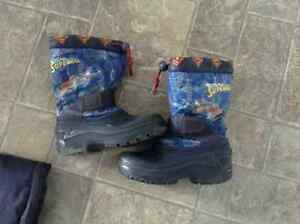 Superman winter boots size 11