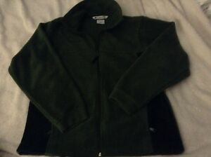 New Columbia youth sweaters, zip up, excellent condition  London Ontario image 1