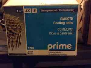 "1 3/4"" prime roofing nails, will work for hardi plank"