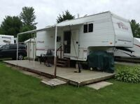 $drop - 27ft 5th wheel 2001, incl season pd or obo RV only
