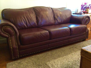 """Classic Style """" Campio """" Full Leather Sofa Set, Can Deliver"""