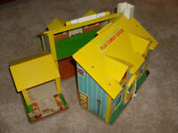 Vintage- Fisher Price Family Playset House- #952 --1969-Reduced