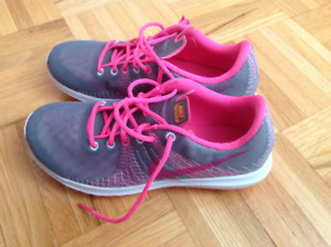 Nike Girls running shoes - brand new