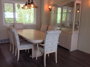 Solid Oak Dining Room Suite