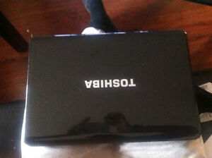 TOSHIBA SATELLITE L500-00F  FOR SALE URGENT!!!