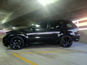 JEEP GRAND CHEROKEE SRT8 ONE OWNER SHOW JEEP!