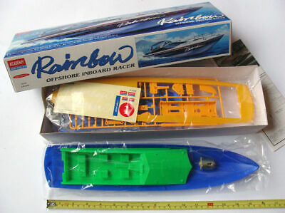 Plastic Kit Academy Rainbow Offshore Inboard Racer Motorized Kit