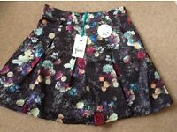 New with tags yumi size 10 skirt
