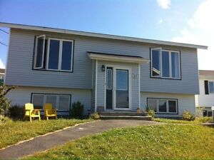 Two Bedroom Apartment on Cul de Sac in Torbay!