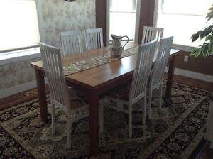 Kitchen table /6 chairs with 2 counter height chairs
