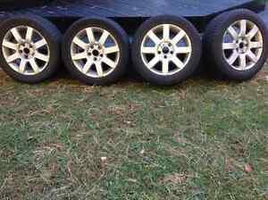 4 pneus d'hiver sur mags 16 pouces West Island Greater Montréal image 1