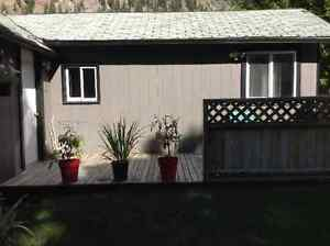 Cute 2 bedroom cottage with outdoor patio for rent