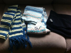 Women's scarves & adult unisex toque