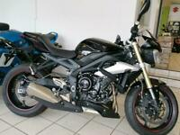 TRIUMPH STREET TRIPLE ABS 675cc - ONLY 419 MILES FROM NEW!