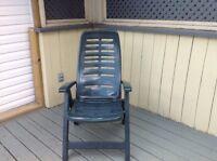 4 chaises de patio