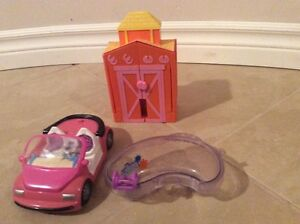Polly Pocket Horse Ranch, Car and Hot Tube Kitchener / Waterloo Kitchener Area image 2