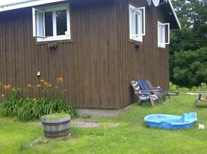CABIN/COTTAGE on 30 acres of forest - FOR RENT