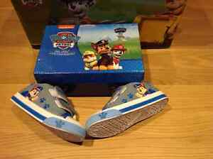 Chaussures Paw Patrol/ Pat Patrouille 9.5