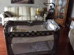 Pack and Play/Bassinet - only used at grandparent's home Peterborough Peterborough Area image 1