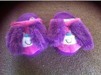 Girls stompeez slippers bunnys
