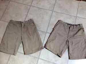 Men's St. Benedict's Khaki Shorts 3 pairs Size 30 Cambridge Kitchener Area image 1