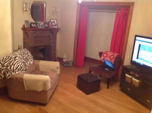 ROOM FOR RENT - Great location - Dog Friendly + Parking Inc.