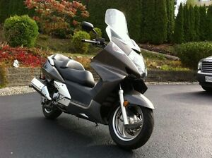 2005 Honda Silverwing only 2100 km