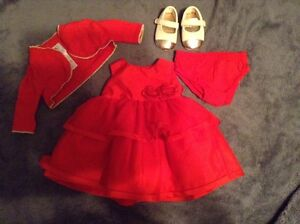 Red dress 3 months | Robe rouge 3 mois