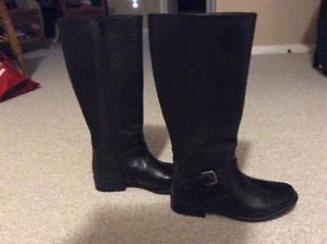 New-Clarks leather tall shaft riding boot
