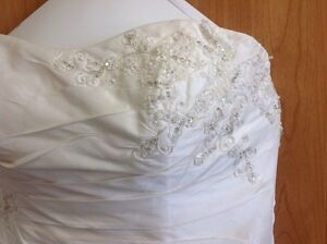 Brand New -Wedding Gown $600.00 OBO