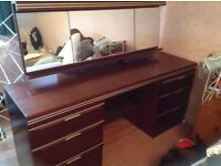 Free Dressing table and wardrobe
