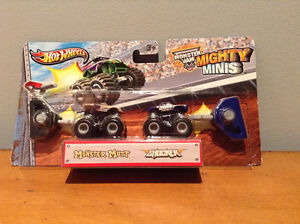 HOT WHEELS MONSTER JAM MIGHTY MINIS.....BRAND NEW! West Island Greater Montréal image 2
