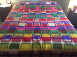6 SHEEP WOOL BLANKETS !!** NEW LOW PRICE !!** OPEN TO OFFERS !!