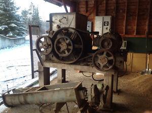 "Grain roller 30"" x  17""  rollers 40hp motor. Prince George British Columbia image 1"