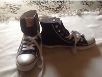 Brand new True religion men's trainers size: 9 new £10