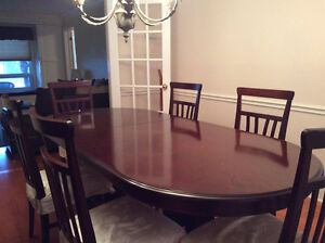 Rosewood Dining Set with 6 chairs