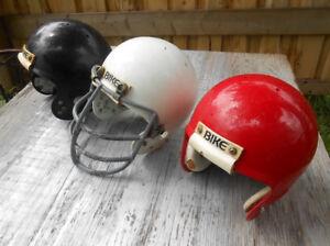 3 Casques de Football