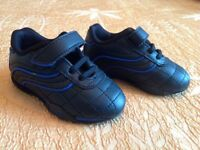 Lonsdale trainers toddler size 3-4