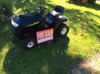 """Poulan 42"""" lawn tractor for Sale"""