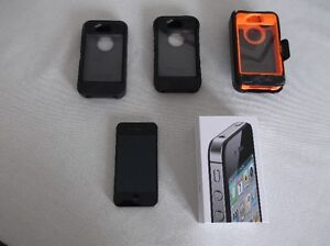 i phone 4S is sold but have  3 Otter boxesstill for sale
