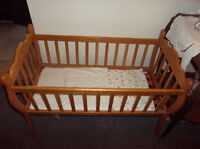 cradle/mini crib