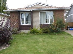 Spruce Grove - 3 Bedroom House for Rent