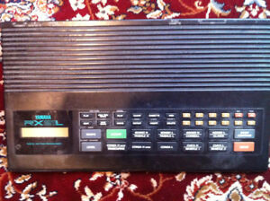 Yamaha RX21L Drum machine