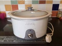 Slow cooker by Rosemary conley