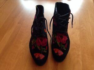 Kenzo Black suede  booties