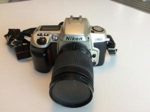 NIKON F60 REFLEX 35MM
