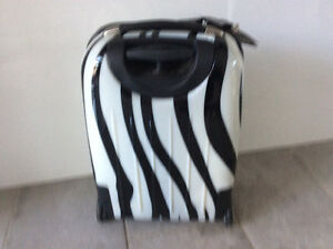 Valise Xcase exotic West Island Greater Montréal image 3