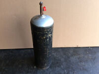 Acetylene (b) size tank fully charged