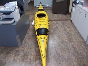 "Kayak de mer Boreal Design Inukshuk 17"" & 450$ d'équipement"
